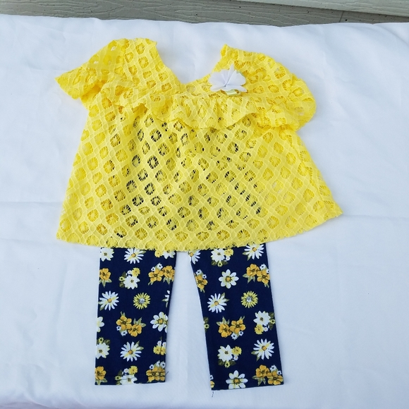 4T little lass baby legging and lace top